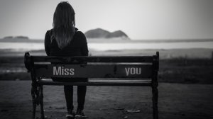 mood-girl-a-woman-girl-bench-bench-shop-shop-sadness-sadness-longing-loneliness-miss-you-black-and-white-blur-background-wallpaper-widescreen-full-scree
