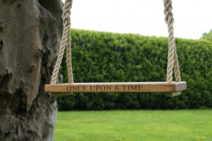 personalised-oak-tree-swings-uk-makemesomethingspecial_co__uk_-1024x680